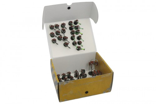 Half-size Medium Box with two plates for magnetically-based miniatures.